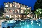 Modern-mansion-900x600