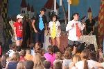 Representaciones-teatrales-campamento-poniendo-almuerzo_1162694113_71619251_1536x1024