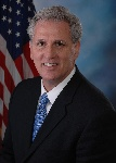 1200px-House_Maj._Leader_Kevin_McCarthy_official_photo
