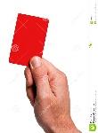 mostrando-o-cartão-da-penalidade-10947986