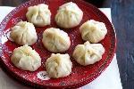 prawn-and-chive-dumplings-80891-1
