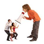 crianza-permisiva-niño-tirano