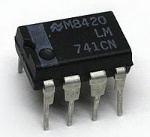 200px-LM741CN