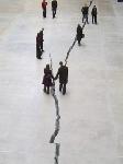 Doris Salcedo. Shibboleth, 2007. Sala de Turbinas de la Tate Modern. Londres