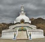 Shanti_Stupa,_Leh_-_2