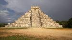 Templo_de_Kukulcán