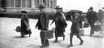 header_1800s_point18_EllisIslandLoC_Emigrants-at-Ellis-Island_LoC_00157u