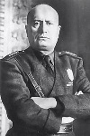 220px-Mussolini_mezzobusto