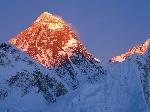 img-mountains-mounteversetsunset_big