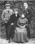 luigi-antonietta-lietta-e-fausto-in-una-fotografia-che-fu-inviata-a-stefano-sottotenente-prigioniero-a-mauthausen-tra-il-1915-e-il-1918-th