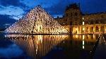 Pyramid-at-Louvre-Museum-Paris-1366x768