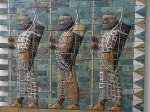Babilonesi_in_fila