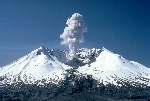 1200px-MSH82_st_helens_plume_from_harrys_ridge_05-19-82