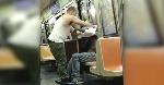 Un-pobre-vagabundo-se-sento-en-el-tren-y-esto-es-lo-que-ocurrio-banner-696x364