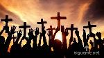 generacion-de-jovenes-cristianos-con-cruces-en-las-manos