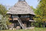 Gorj - Casa Popii Udriste din Plopsoru 1802, cea mai veche casa expusa la Muzeul Satului din Curtisoara - proiect casa arhitectura traditionala romaneasca taraneasca