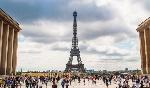 turisti-parigi