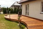 taras-z-drewnianych-desek