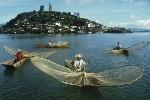 pescadores-en-el-lago