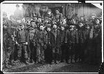 1280px-Breaker_boys_working_in_Ewen_Breaker._S._Pittston,_Pa._-_NARA_-_523379