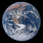 220px-The_Earth_seen_from_Apollo_17_(AS17-148-22727)