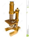 microscopio-antiguo-aislado-con-el-camino-del-clip-17795059