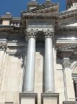 stile corinzio collonne livello superiore facciata
