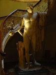 220px-Apsley_House_-_Napoleon's_statue