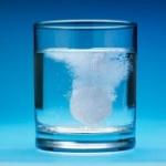 pastilla_dental_que_ayuda_quitar_manchas_de_unas