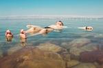 flotando-mar-muerto