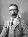 220px-Arthur-Tansley-1893