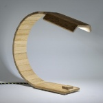 wooden-design-desk-lamp-keleanvor-recycled-oak-wood-white-led-with-colored-usb-cable-0