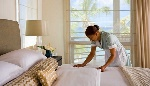 tn_housekeeper-at-hotel