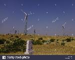 wind-turbine-in-thar-desert-near-jaisalmer-rajasthan-india-P6B9KN