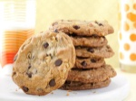 Big---Buttery-Chocolate-Chip-Cookies_exps156150_OMRR2777383A09_13_1b_RMS