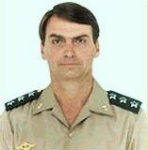 Bolsonaro capitão