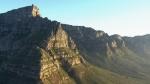 299070786-monti-dei-draghi-cima-sudafrica-cielo-azzurro