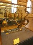 Museo_degli_strumenti_musicali_di_milano_-_copia_di_corni_naturali_-_vienna_1712