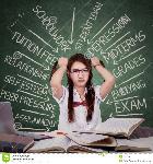 estudiante-moreno-que-hace-frente-muchos-problemas-52510886