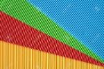 62786478-carta-ondulata-vibrante-può-essere-utilizzata-come-sfondo