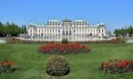 1200px-Wien_-_Schloss_Belvedere,_oberes_(3)