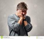 hombre-triste-humillado-91228793