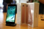 the-new-iphone-7-smartphone-goes-on-sale-inside-an-apple-inc-store-in-los-angeles-california-u-s-september-16-2016-reuters-lucy-nicholson-file-photo