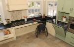 wheelchair-accessible-kitchen